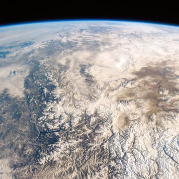 Space Race – 4K